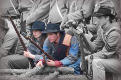 21-03-DGC-7451_soldiers_Beverly-Hardin.jpg-nggid03750-ngg0dyn-480x320x100-00f0w010c011r110f110r010t010
